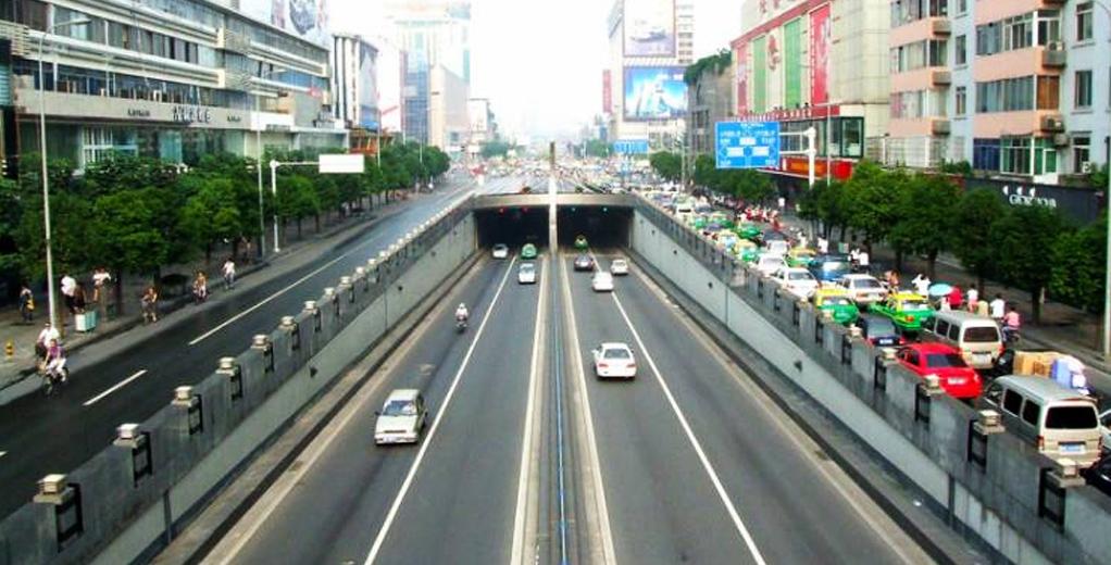 成都市天府下穿隧道采用阻燃护套电缆等产品