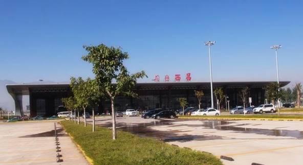 青山机场采用中压电缆等产品